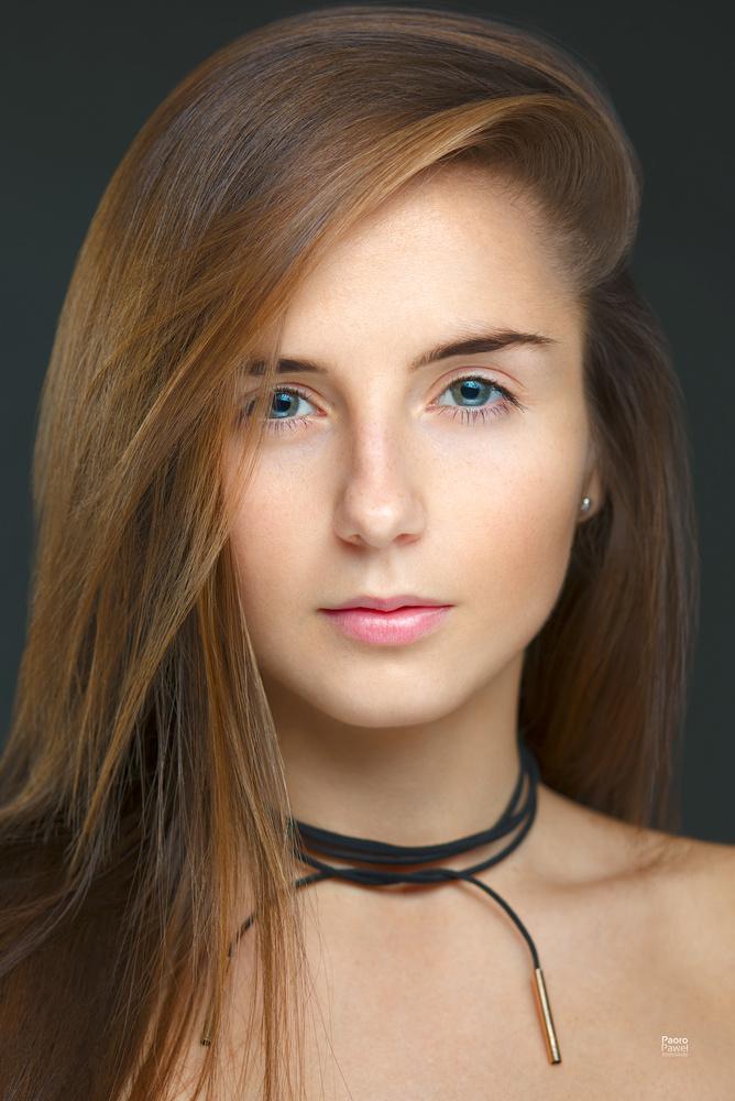 Julia by Pawel Witkowski