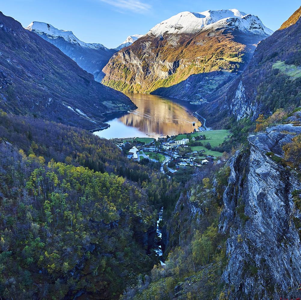 Geiranger Fjord by Tommy Galskjær
