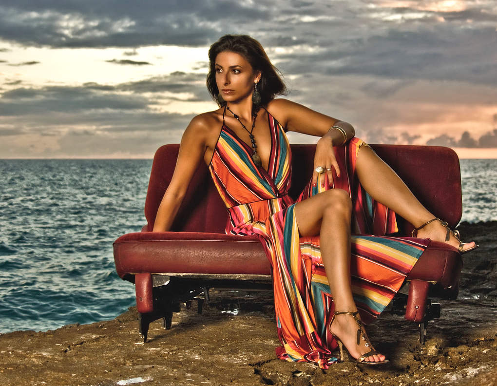 Fashion by the sea by Simon Mott