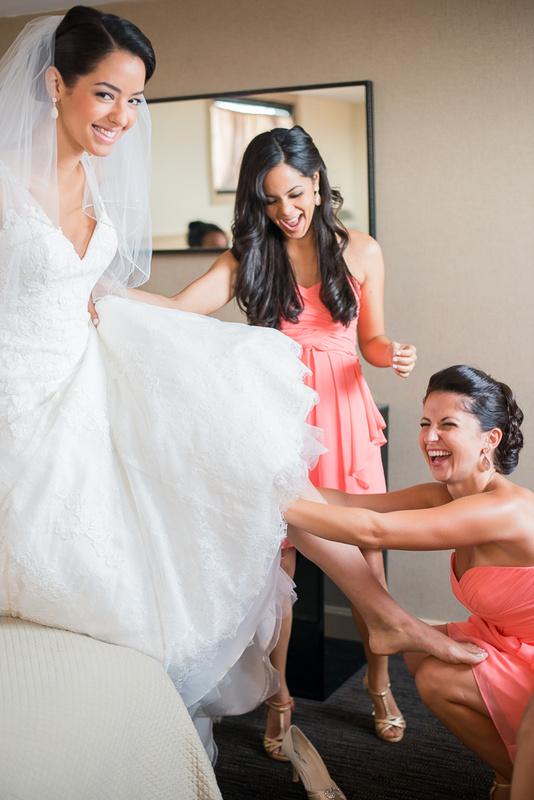 Bride with bridesmaids getting ready by Anastasia Borisyuk