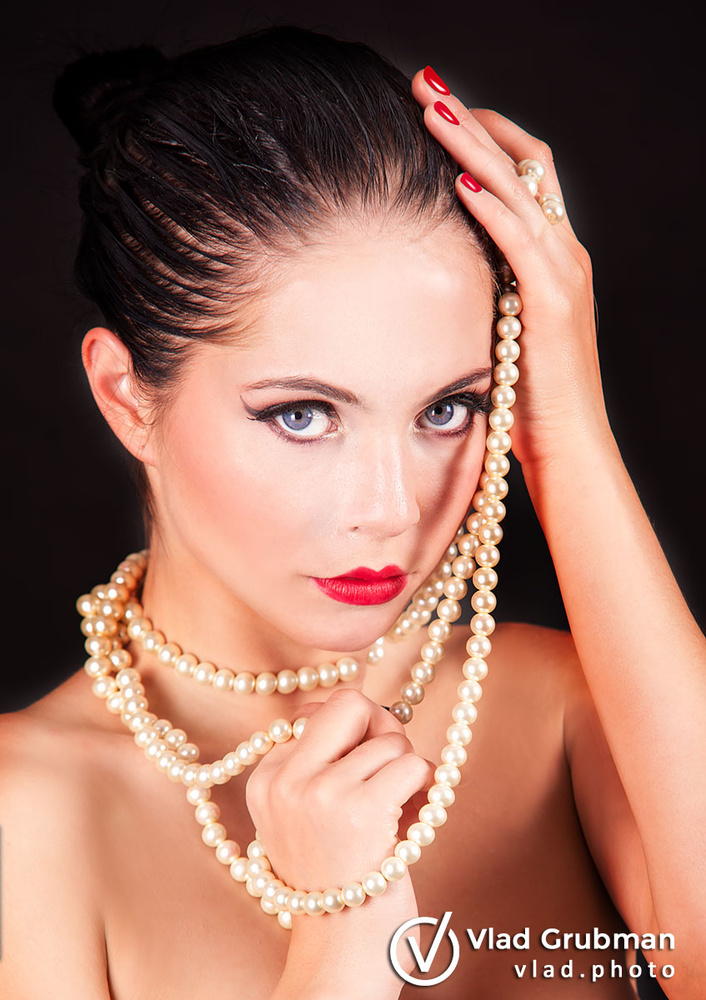 Beauty With Pearls by Vlad G