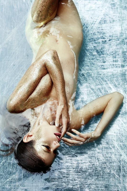 Frozen pt 2 by Romi Burianova