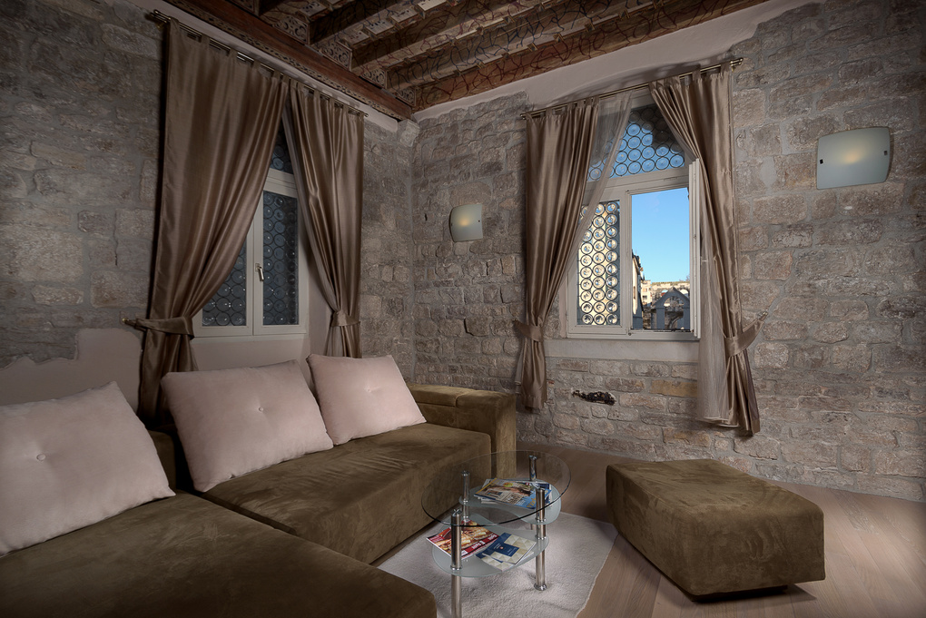 Living room by Zoran Bakovic