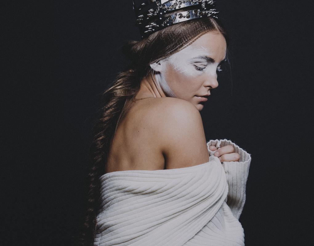 beneath the crown by Caroline Sada