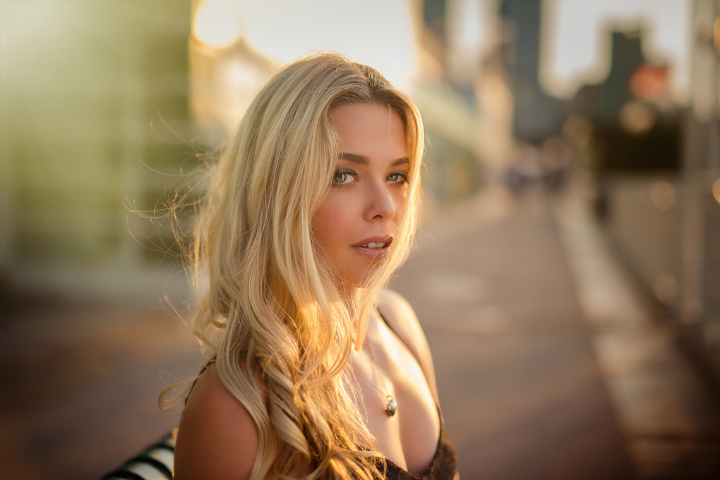 Sunset Head shot with Jaz Clarke by Kyle Cong