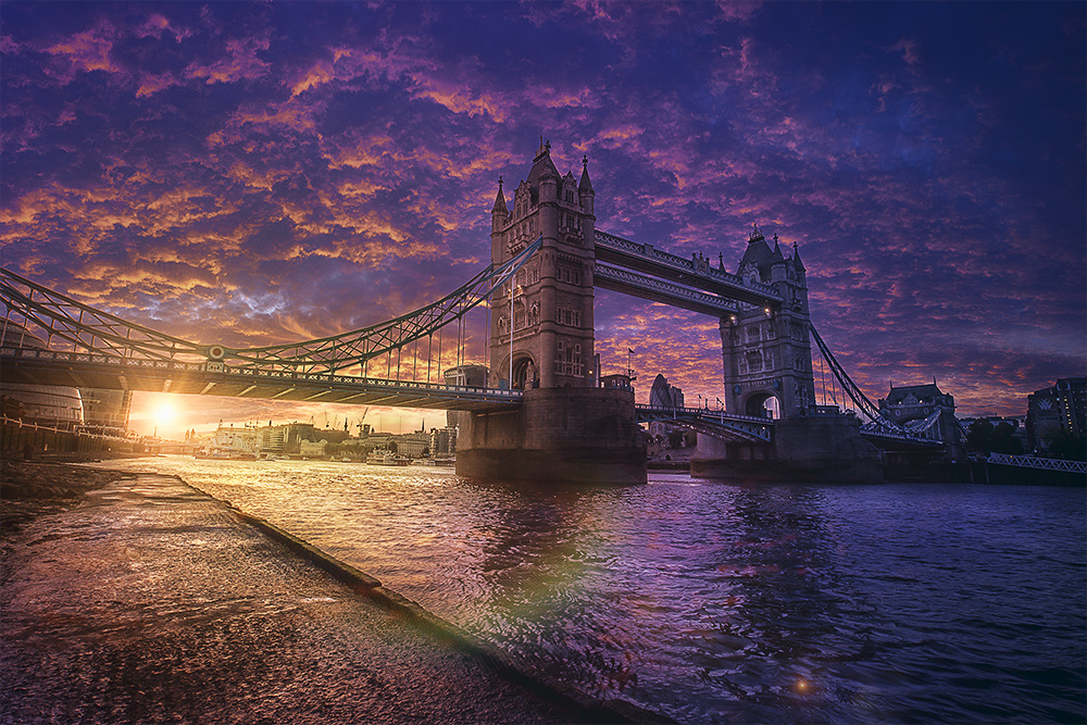 British Symbol by Jackson Carvalho