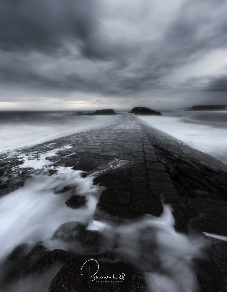 Bude breakwater  by stephen brownhill