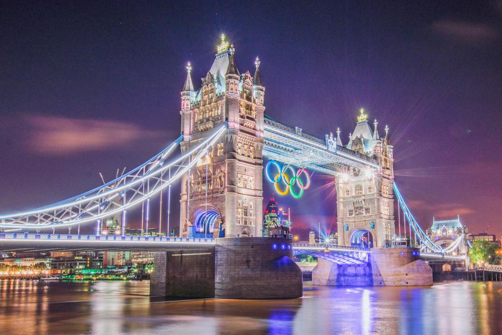 London - Tower Bridge by Tim Vasvi