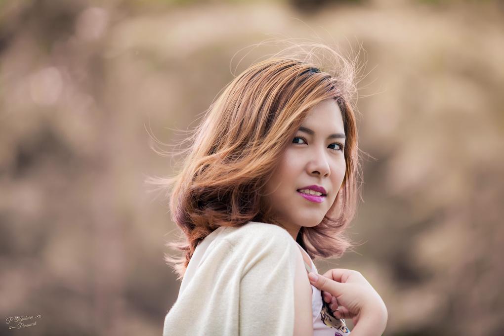 Don't look back by Pongsakorn Punsawat