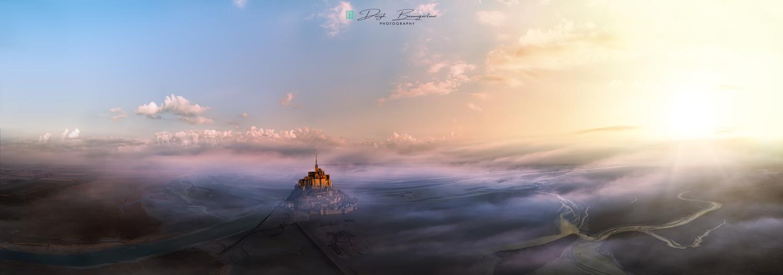 Mont Saint Michel morning sun by Deryk Baumgärtner