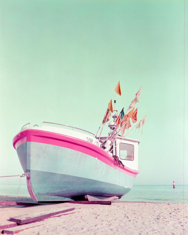 Summer by Konrad Sarnowski