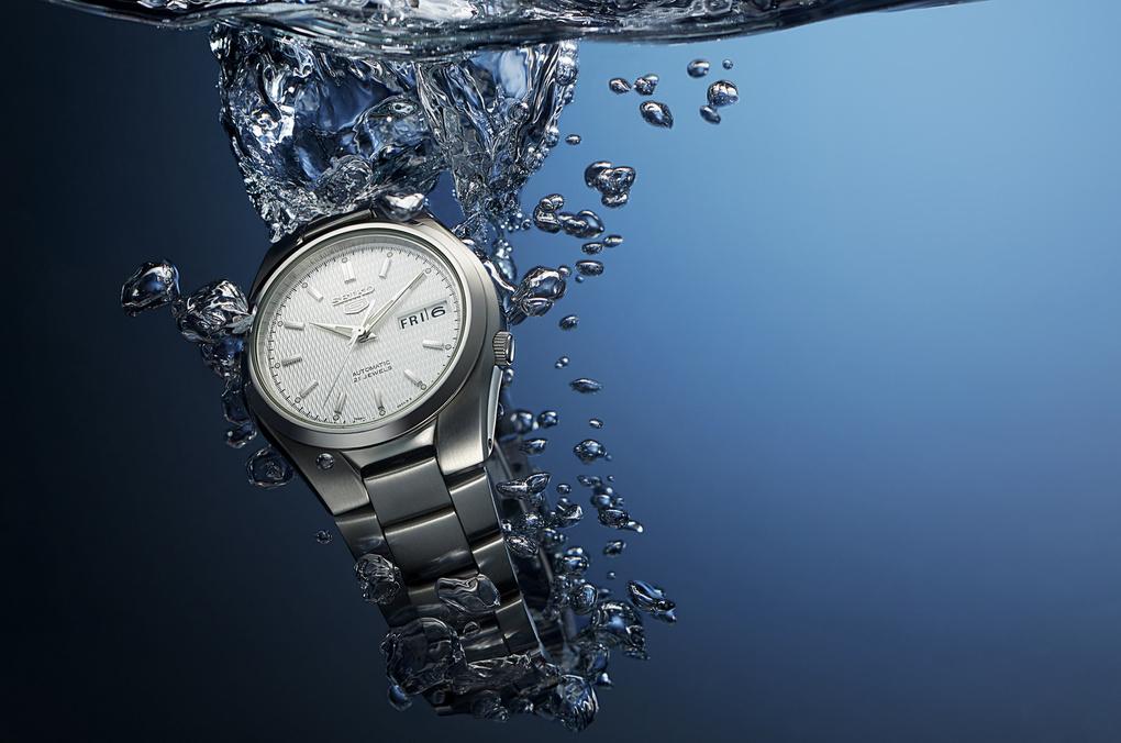 Seiko Watch under water by Fielder Strain