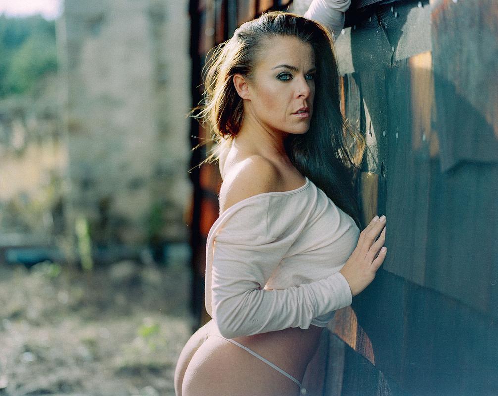 Adriana by Hans Rosemond