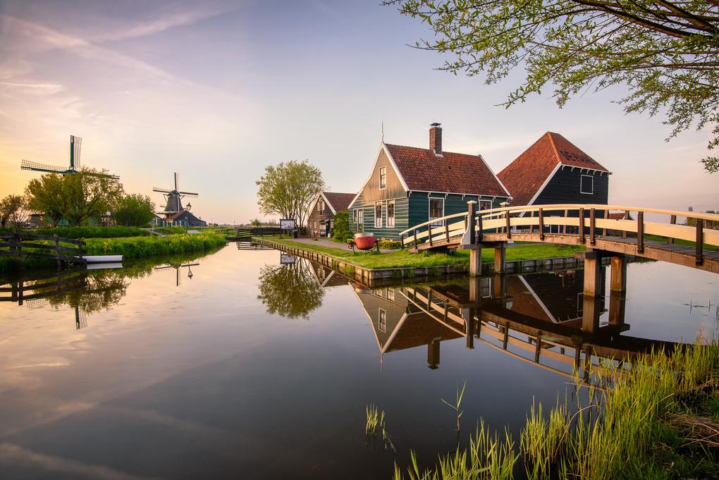 Dutch light by Luigi Trevisi