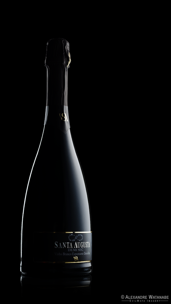 On black bottle by Alexandre Watanabe