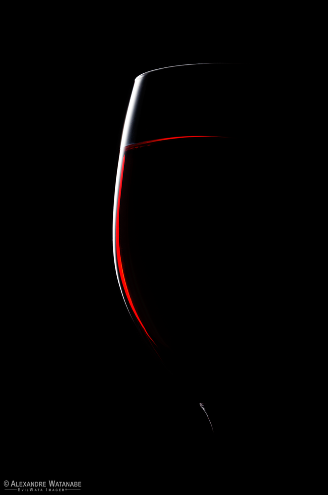 Minimalist Wine by Alexandre Watanabe