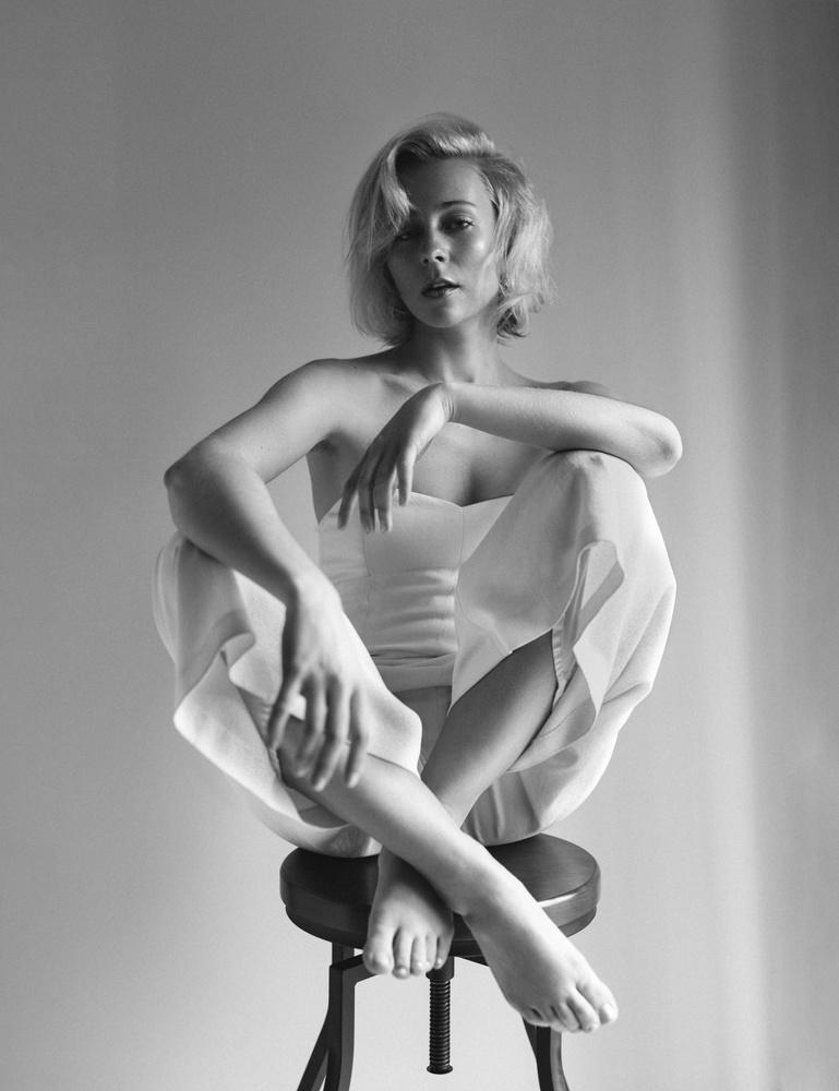 Lauren - Vintage Vibes by Joseph Tran