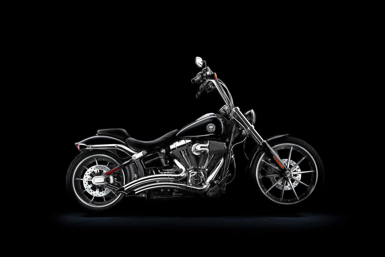 Harley Davidson - Breakout by Dusan Holovej
