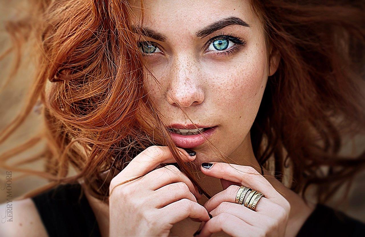Valeria by Kerry Moore
