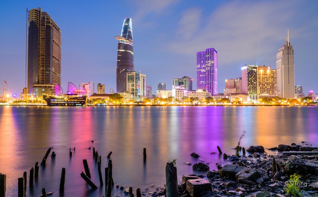 Saigon By Night by Michel Nguyen