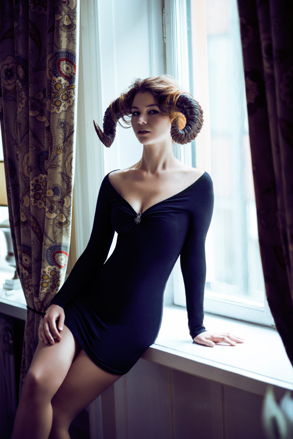 Verena - Horned Fashion by Joacim Schwartz