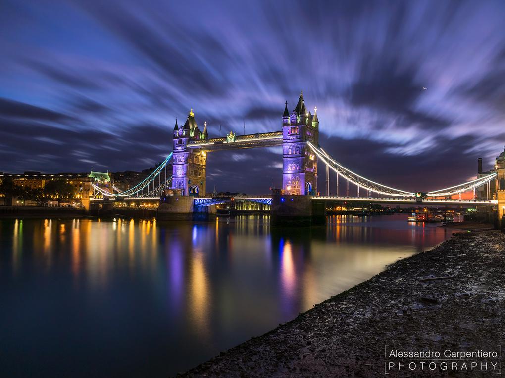 Sunrise at Tower Bridge by Alessandro Carpentiero
