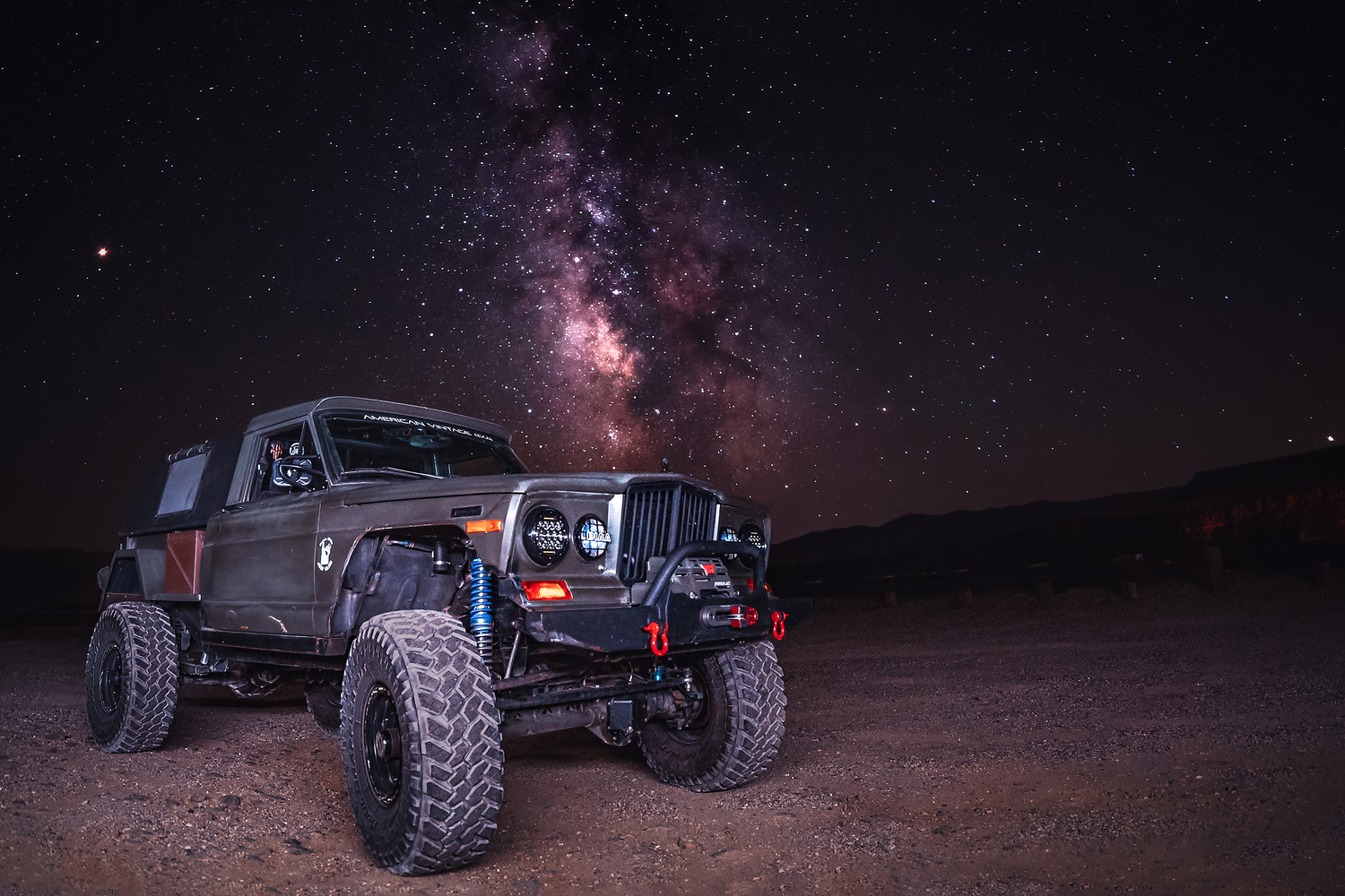 Milky Way with Goliath  by David Morales