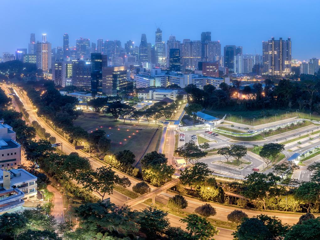 Hazy Twilight @ Kim Tian, Singapore by Vincent Chiang