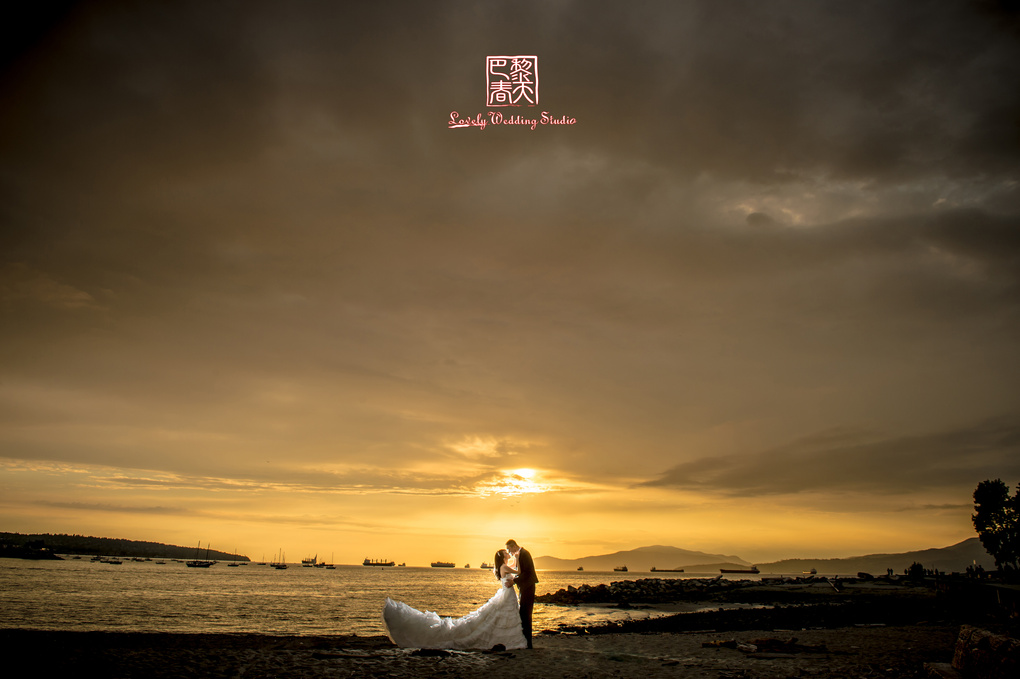 Sunset by Yen Wei Peng