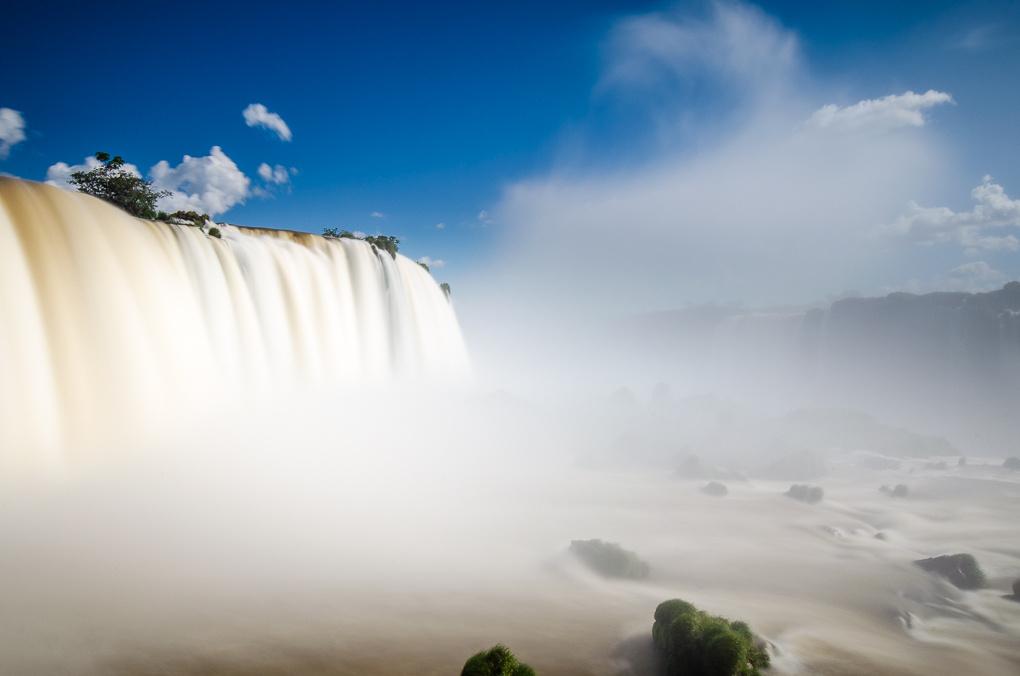 Iguazu by Ronne Vinkx