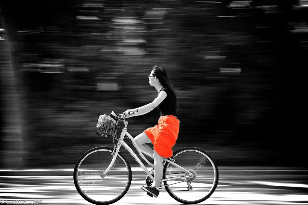 Breezing through by Gustavo Viteri