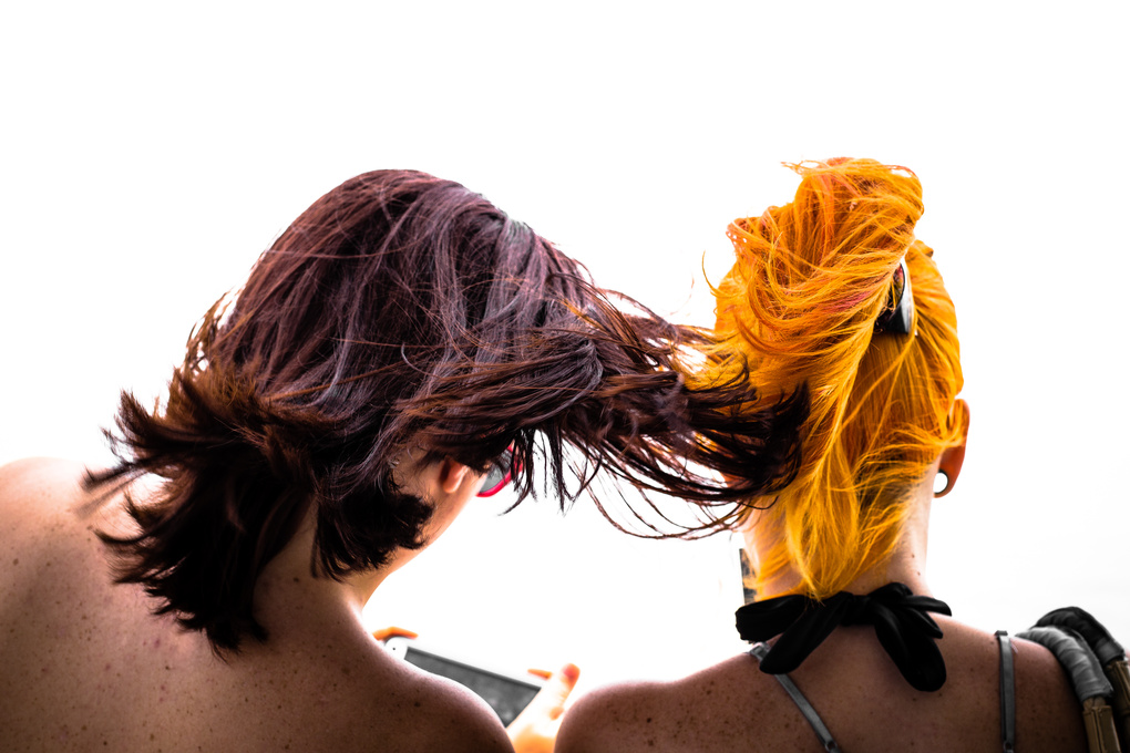 Hair flow by Gustavo Viteri