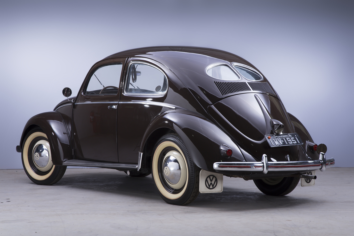 Fusca by Augusto Tomasi