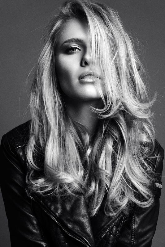 Just black and white by Nico Socha