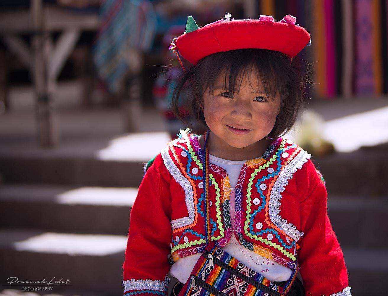 Life of colors in Pisac, Peru. by Przemek Lodej