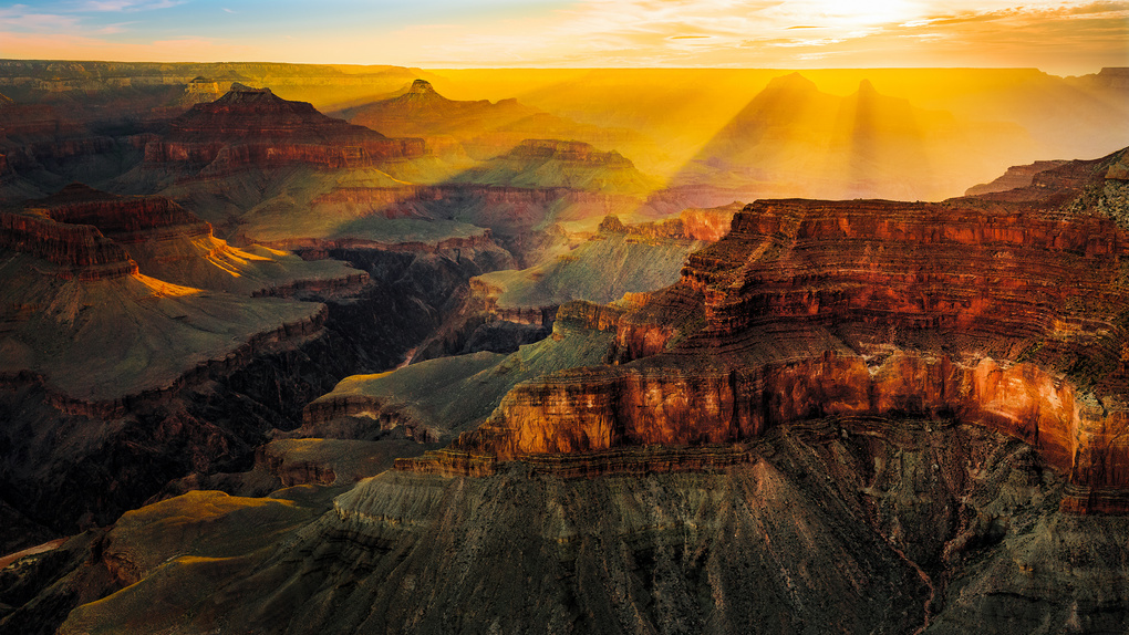 Canyon Rays by Dmitry Abramov
