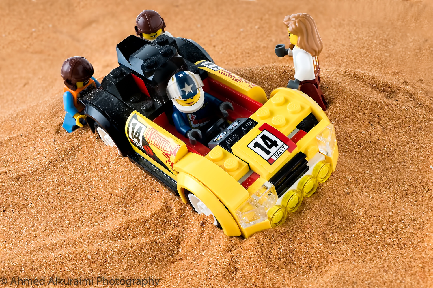 Lego stuck in the dunes  by Ahmed Alkuraimi