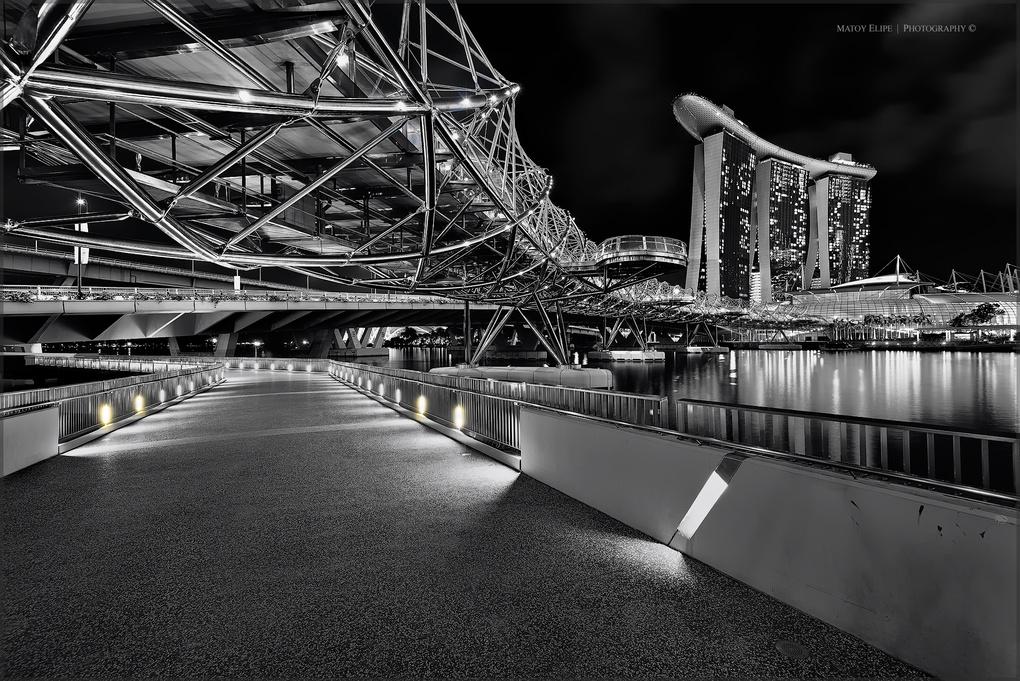 Helix Bridge by matoy elipe