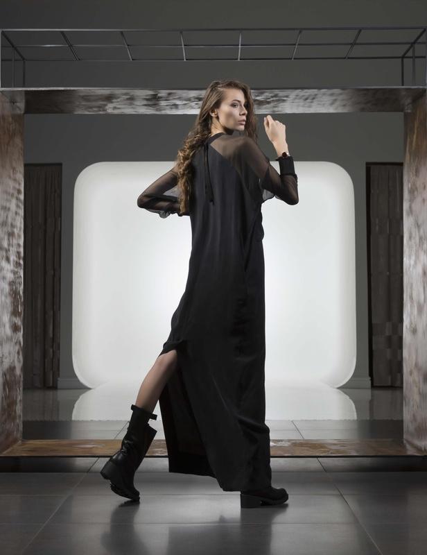 Fashion Forward by Serban Vasilescu