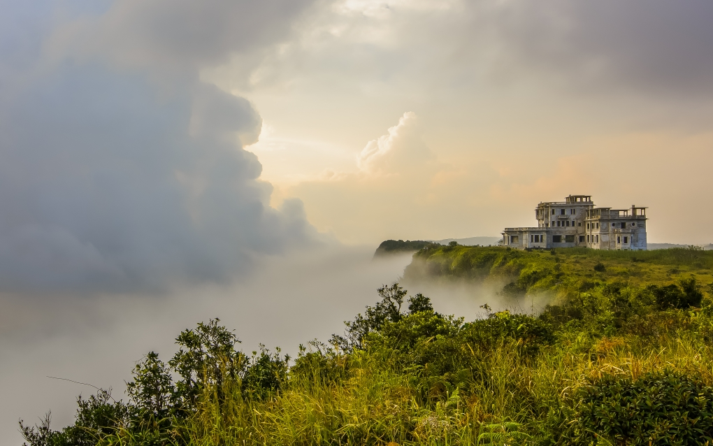 Le Bokor Palace by Ken Bora