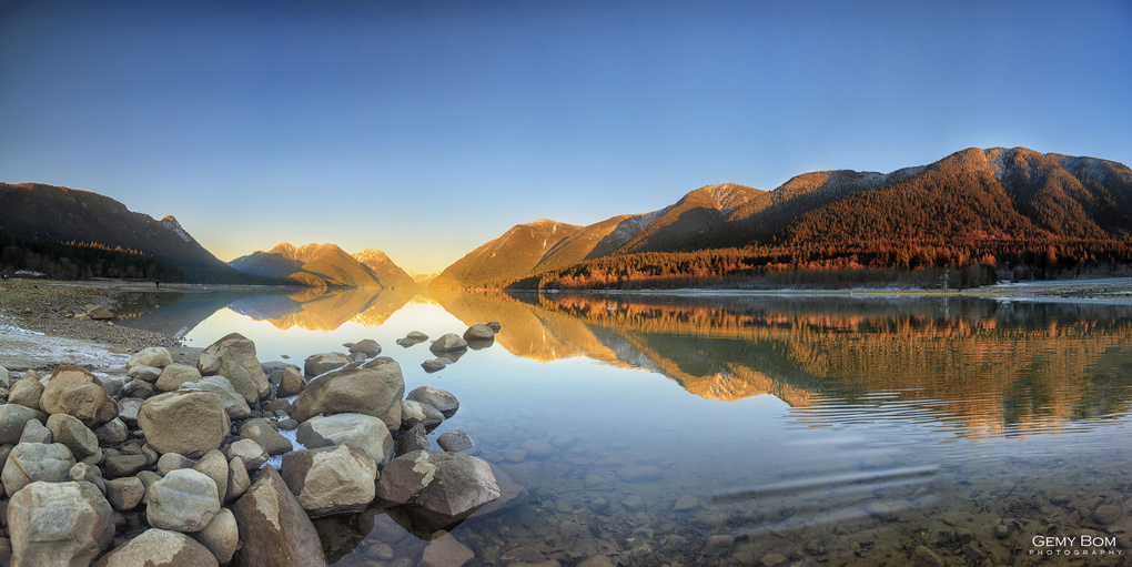 Alouette Lake by Gemy Bom