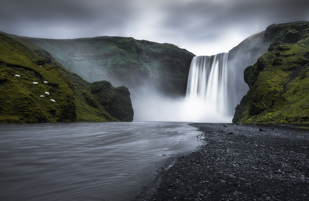 Skógafoss by Philip Slotte