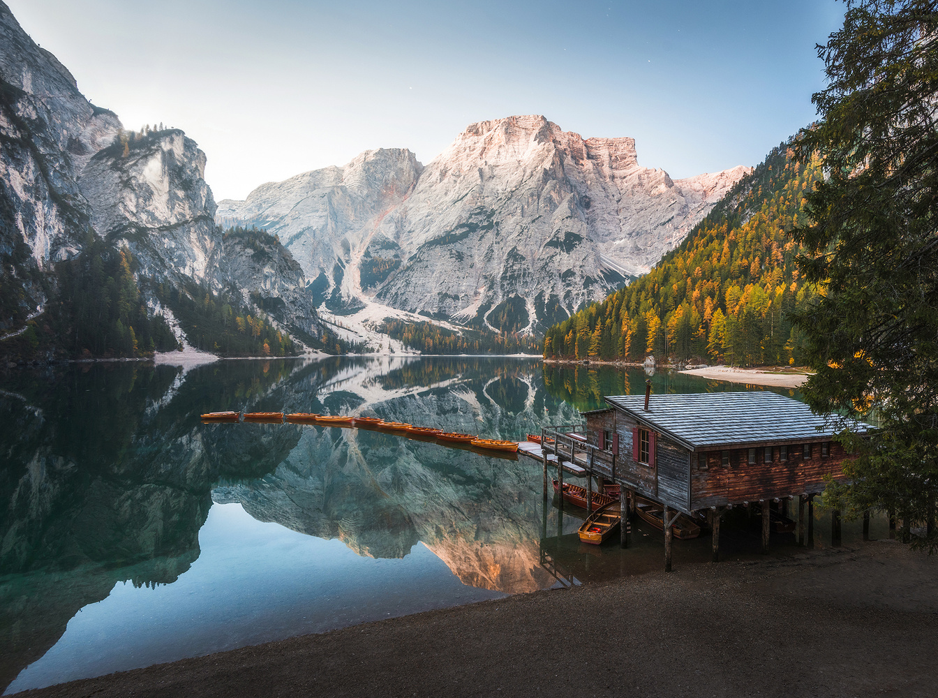 Lago di Braies by Philip Slotte