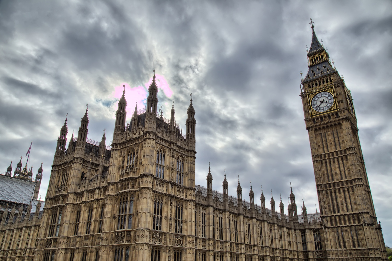 London by Oliver Kmia