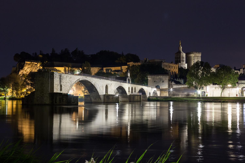 Bridge of Avignon by Oliver Kmia