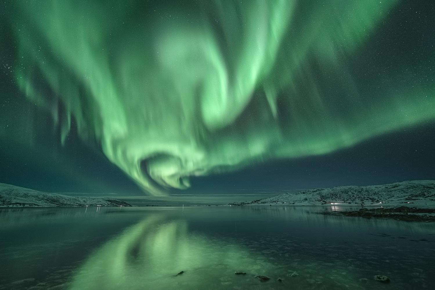 [ ... lights on ] by Raymond Hoffmann
