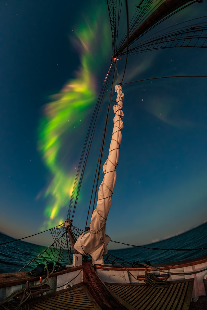 [ ... arctic sky ] by Raymond Hoffmann