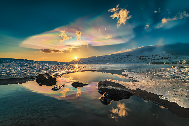 [ … Polar Stratospheric Clouds ] by Raymond Hoffmann