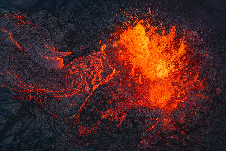 [ ... Magma ] by Raymond Hoffmann