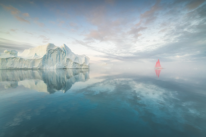 Disko Bay by Raymond Hoffmann